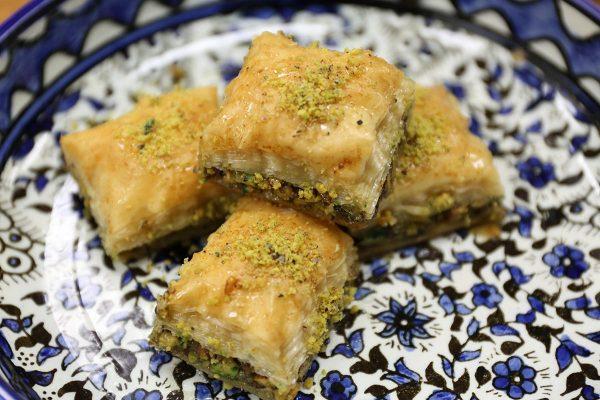Aleppo Sweets Baklava Classic Chopped Pistachio